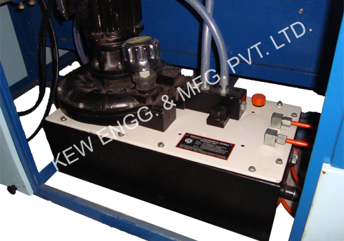 Repairing & Servicing of Web Gliding System for Doctoring Rewinding Machine
